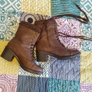 Additionelle Brown Lace Up Sock Top Bootie